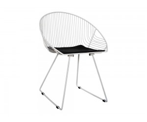 Комплект от 4 бр. метални столове с възглавничка Curve HM5466.02 - Бял/Черен