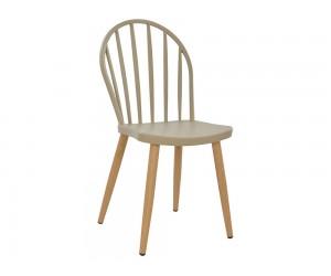 Комплект от 4 бр. полипропиленов трапезен стол HM8118.07 с метални крака