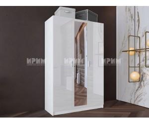 Трикрилен гардероб Сити 1026 - с огледало